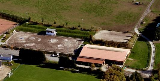 Luftbild Reitanlage